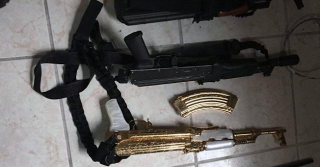 """""""NarcoZetas"""" tenían lanzacohetes, granadas, rifles, uniformes clonados u """"cuerno de chivo"""" bañado en oro"""