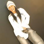 Andrea Rincon, Selena Spice Galeria 19: Buso Blanco y Jean Negro, Estilo Rapero Foto 4