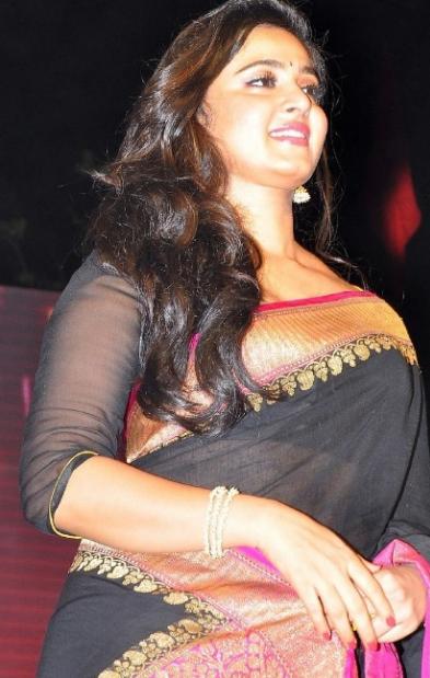 anushka shetty looking awesome in black saree
