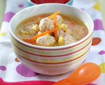 Resep Sup Jagung Bola Ayam Wortel dan Cara Membuatnya