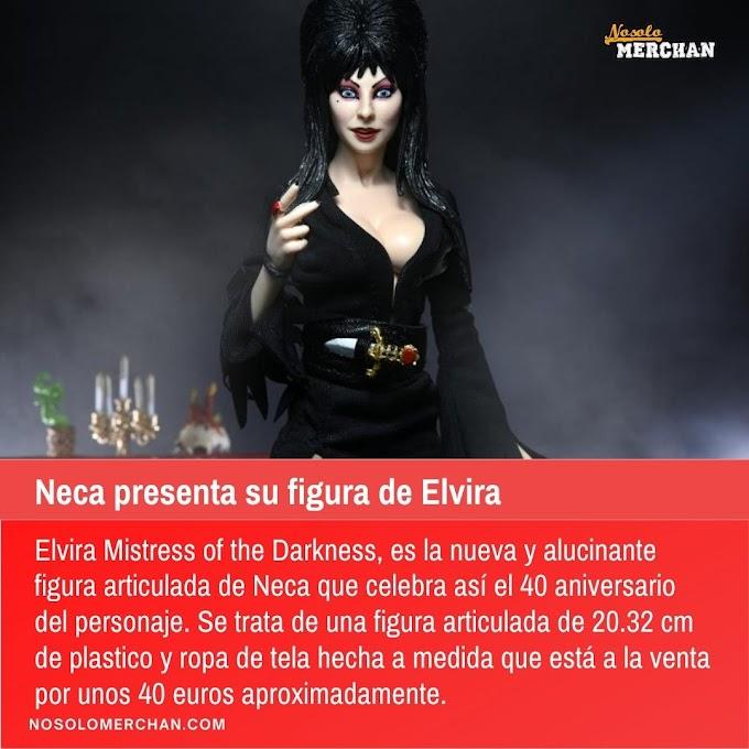 Neca presenta su figura de Elvira Mistress of the Darkness