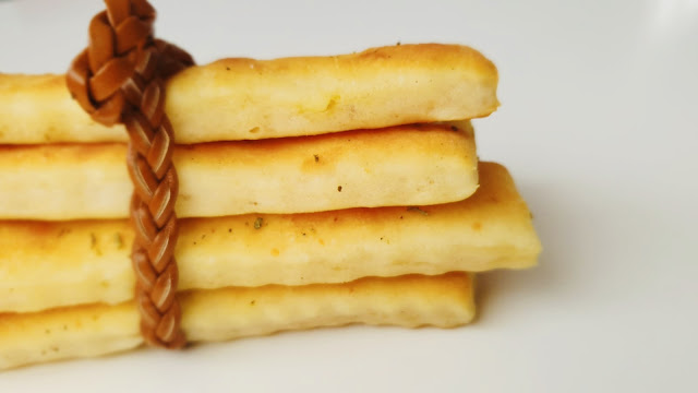 Articole culinare : Saratele Cu Branza De Burduf