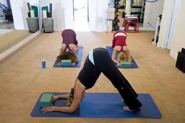 Will You Feel More Zen If You Practice Yoga At A Gym Or A Specialist Yoga Studio?