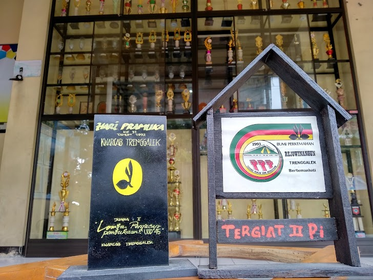 Jejak 1992, Menjuarai Perlombaan Tingkat Kabupaten I esemkamu.com