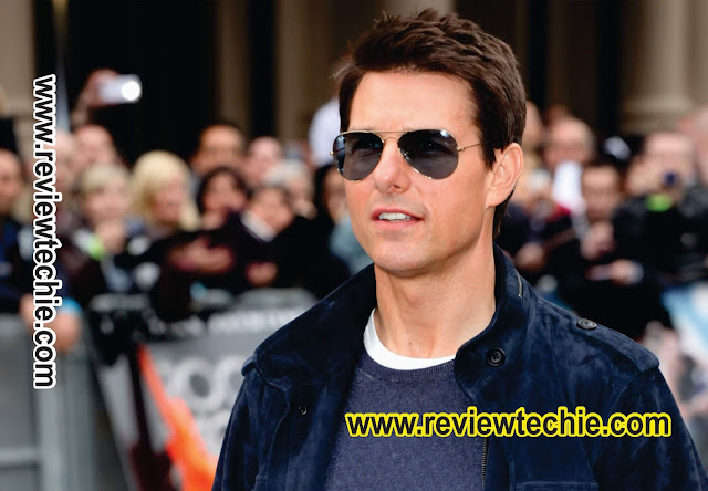 What is the Monthly Income & Biography of Tom Cruise?