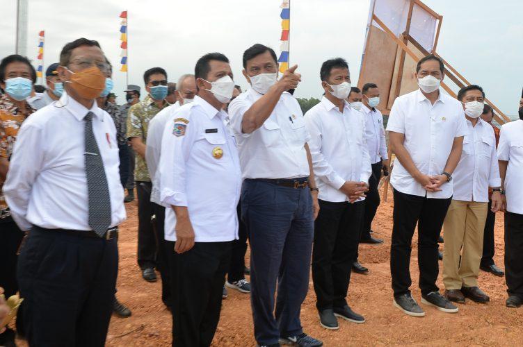 Dampingi Tiga Menteri Tinjau Landing Point di Batam,  Gubernur Kepri Akan Menuntaskan Tambahan Studi Ekonomi