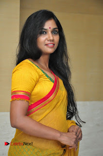 Usha Jadhav Stills in Saree at Veerappan Movie Pressmeet ~ Bollywood and South Indian Cinema Actress Exclusive Picture Galleries