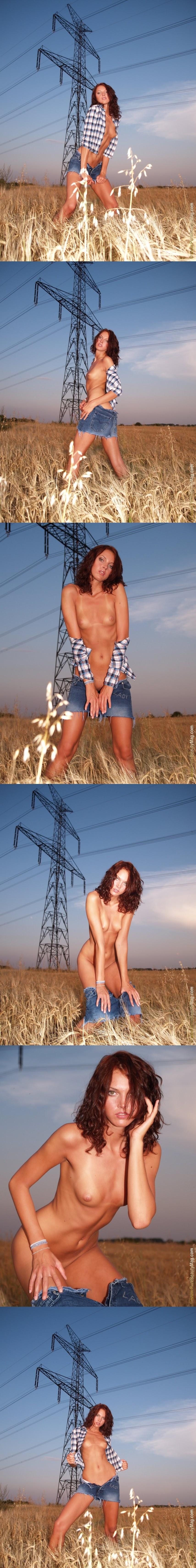 PureBeautyMag PBM  - 2005-07-30 -  s101917 - Jitka Branich - Electra - 2560px sexy girls image jav