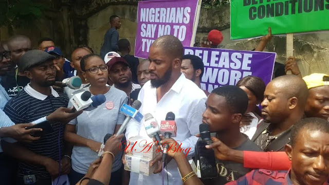 Sowore's Detention: They gave us N1m bribe not to protest against DSS – Deji Adeyanju [PHOTOS]