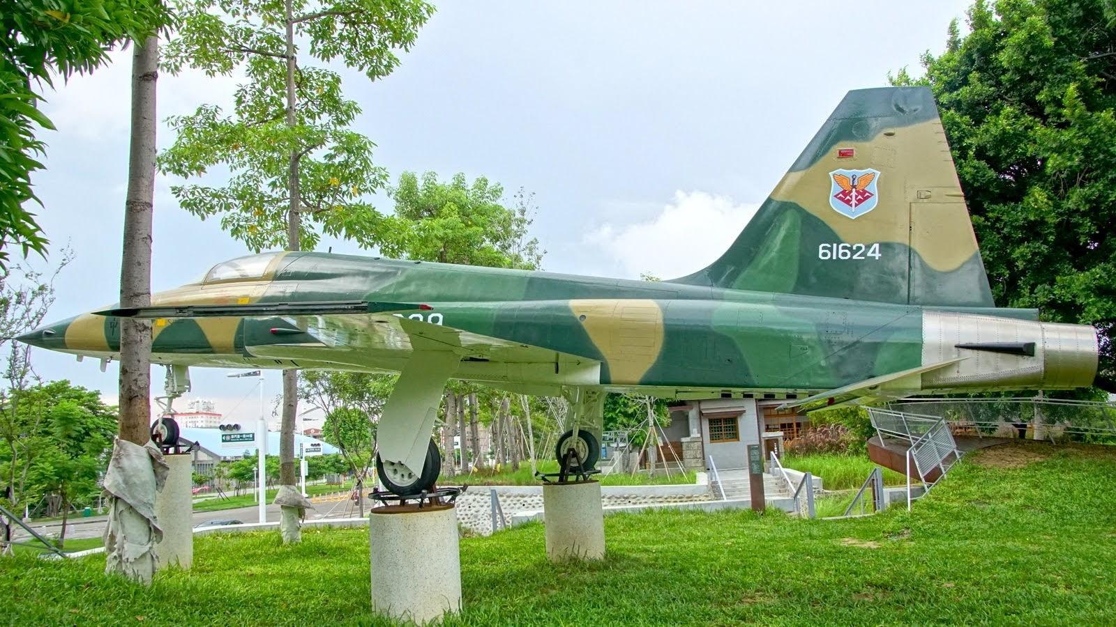 [台南][南區] 水交社文化園區|好拍快閃遊|空軍雷虎特技小組的故鄉|遊記