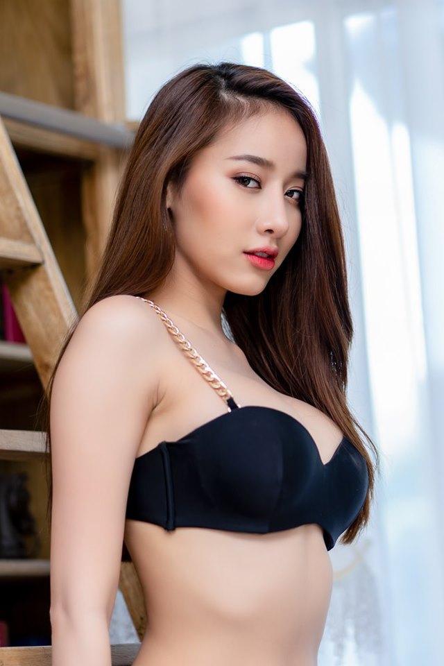 Pichana Yoosuk Đơn giản nhẹ nhàng mà không kém phần quyến rũ