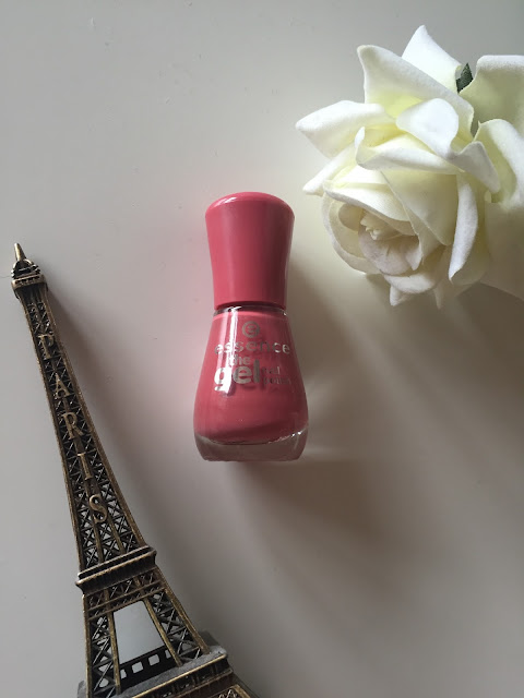 essence nail varnish