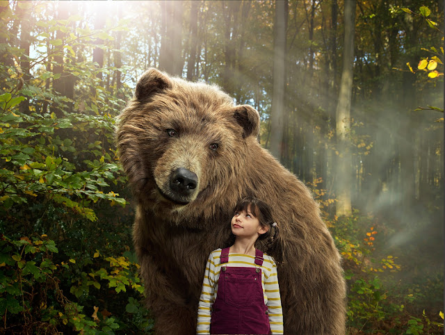 Amazing Photography - Julia Fullerton-Batten - Bear