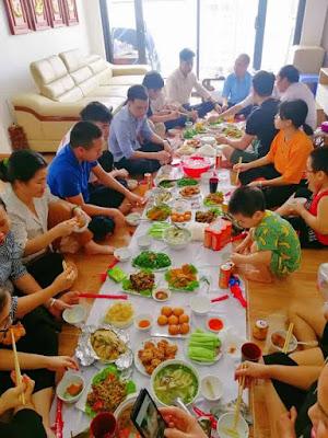 đặt tiệc tân gia tại Thanh Xuân