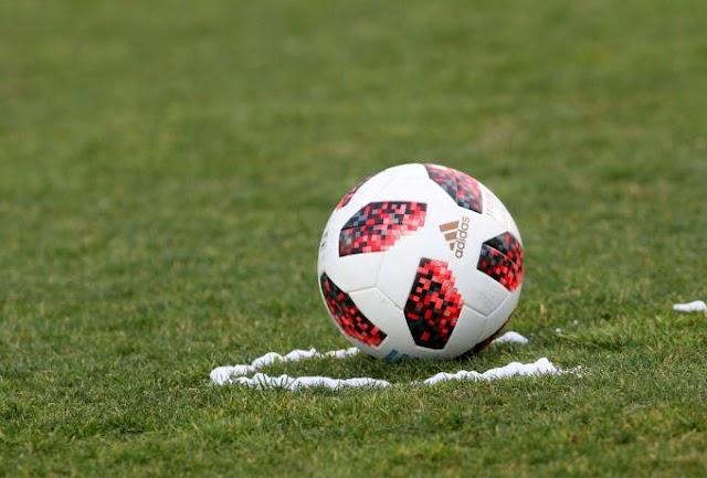 Δύο όμιλοι των 10 ομάδων στην Football League
