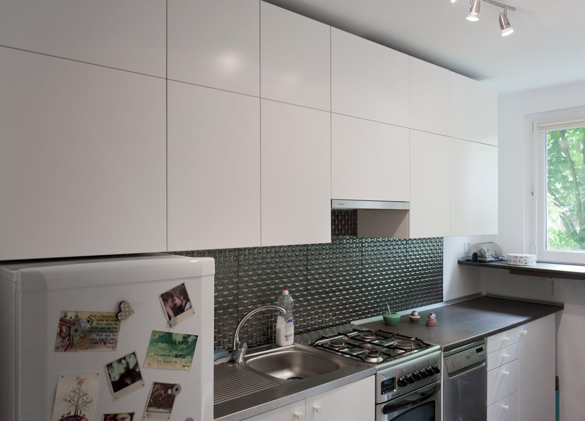 Biała kuchnia z Ikei front Veddinge white kitchen