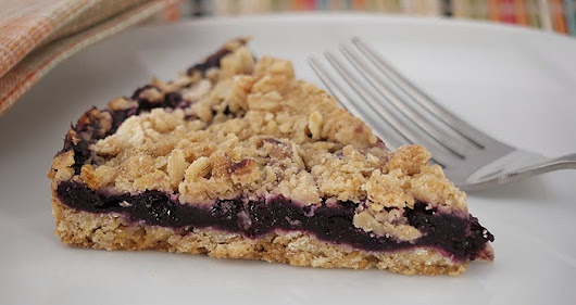 Eating Whole Foods: Easy Blueberry Pie