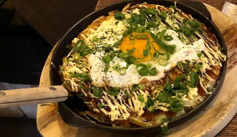 konnichiwa-restaurantes-japoneses-madrid-okonomiyaki