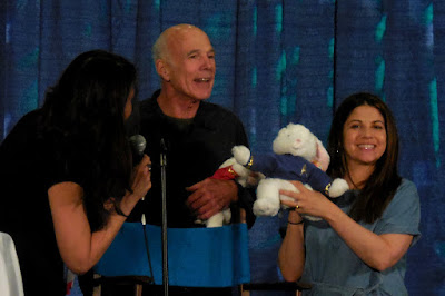 Michael and Luciana get their Shore Leave bunnies!