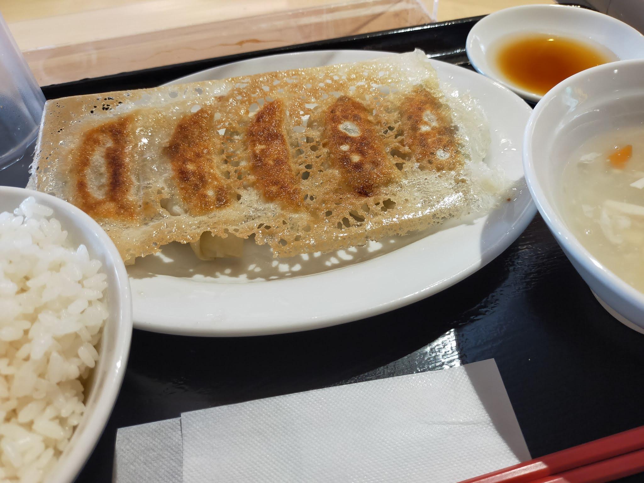 東京餃子軒外観。