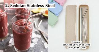 Sedotan Stainless Steel merupakan salah satu hadiah untuk cewek yang doyan makan