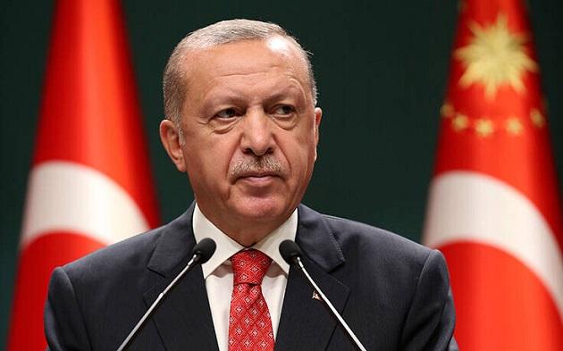 """Η """"φυγή προς τα εμπρός"""" του Ερντογάν έγινε παρωδία του εαυτού της"""