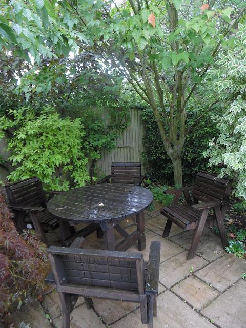 Country Garden, drewniane meble ogrodowe