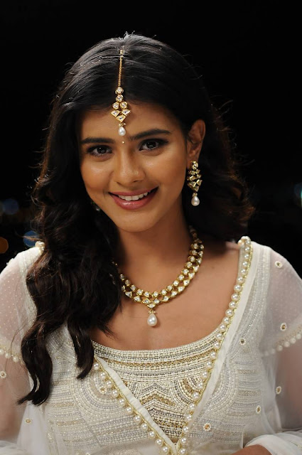 Hebah Patel Latest Hot Glamourous Spicy PhotoShoot Images From Angel Movie