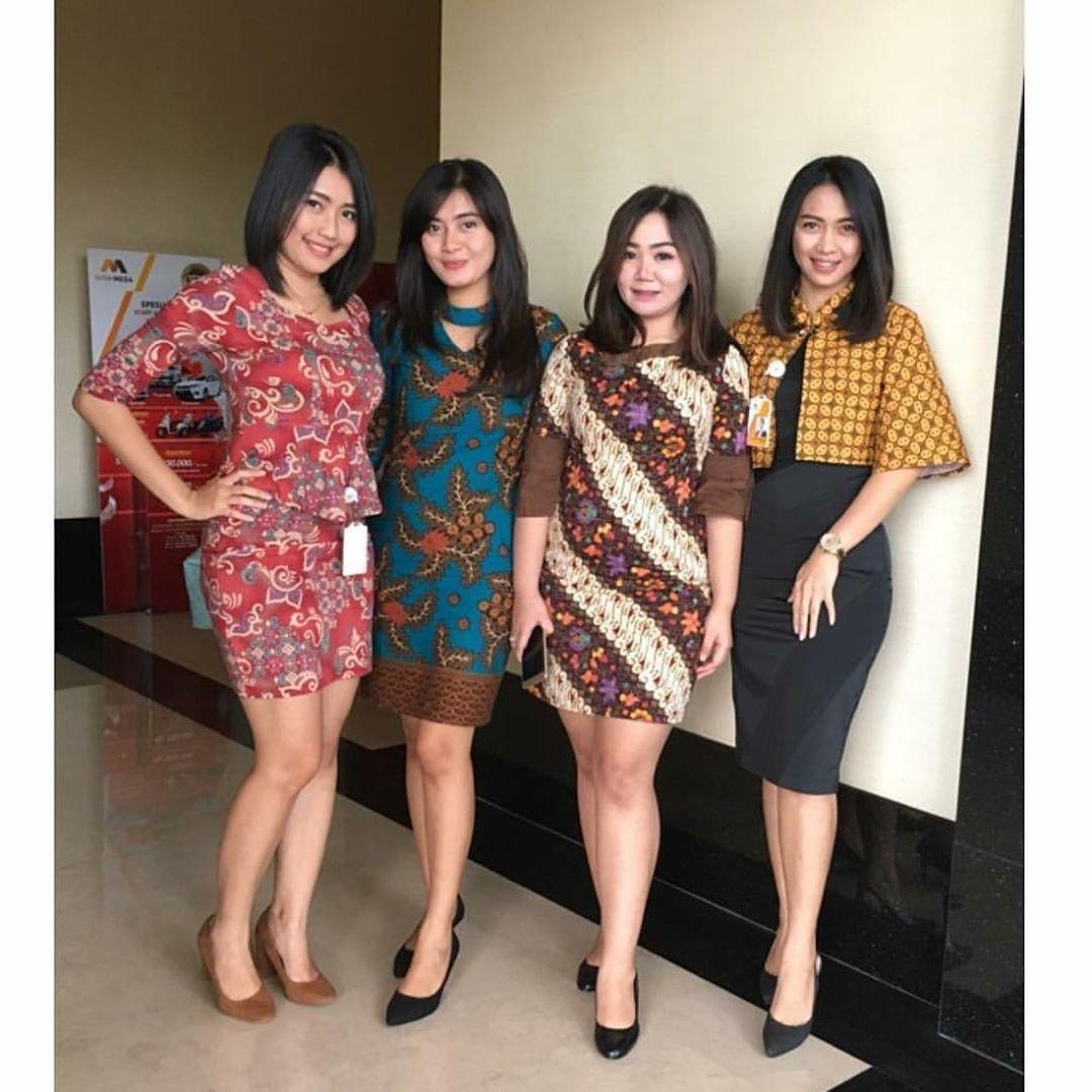 48 Model Baju Batik Atasan Wanita Terbaru 2020 Model