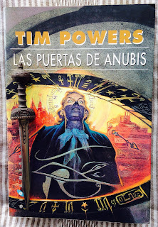 Portada del libro Las puertas de Anubis, de Tim Powers