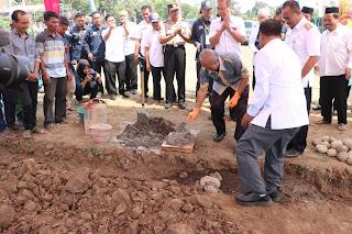 Rektor UNEJ Awali Bangun Taman Eduwisata Desa Sogaan