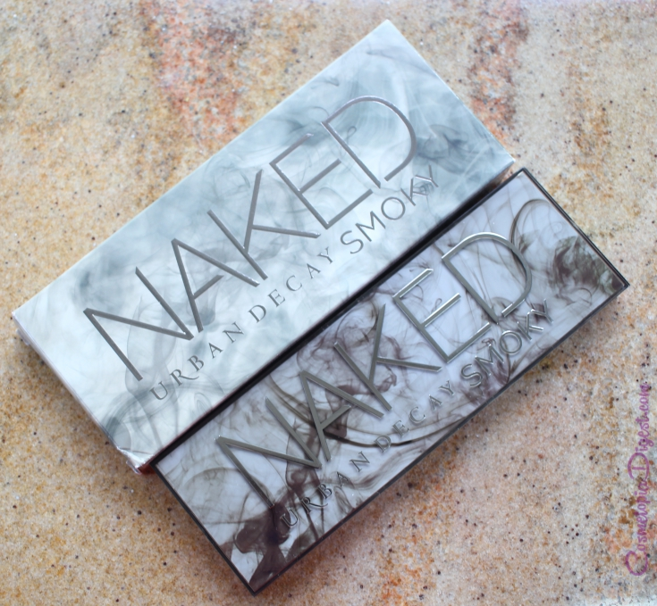 Urban Decay Naked Smoky Eyeshadow Palette review, swatches