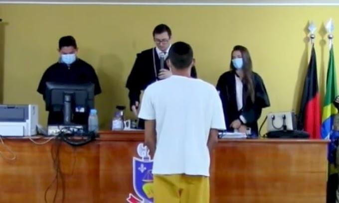 Vídeo: Réu acusado de matar um e balear duas pessoas durante festa em Santana de Mangueira é condenado a 25 anos por júri popular
