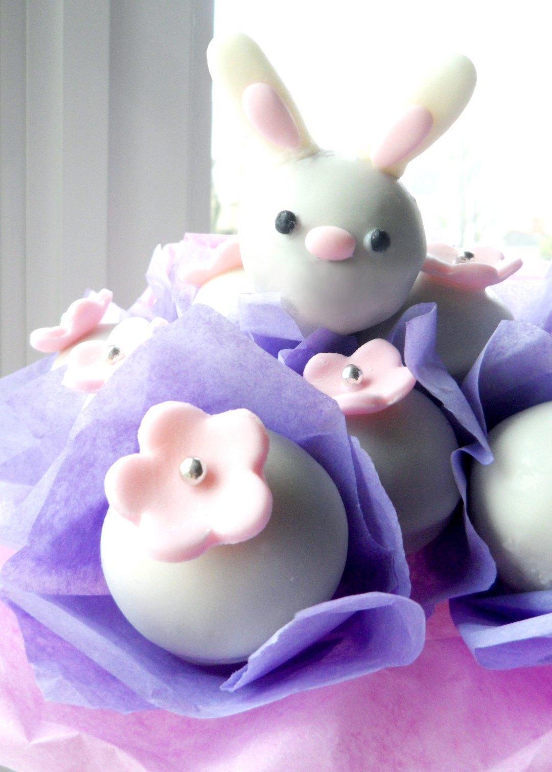 Easter Bunny Cake Pops Bouquet {Tutorial}