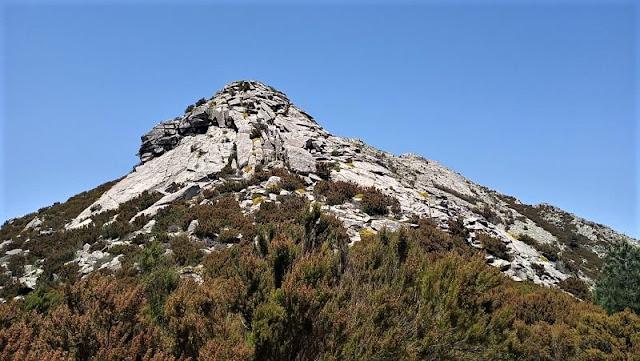 sentiero attrezzato verso monte capanne