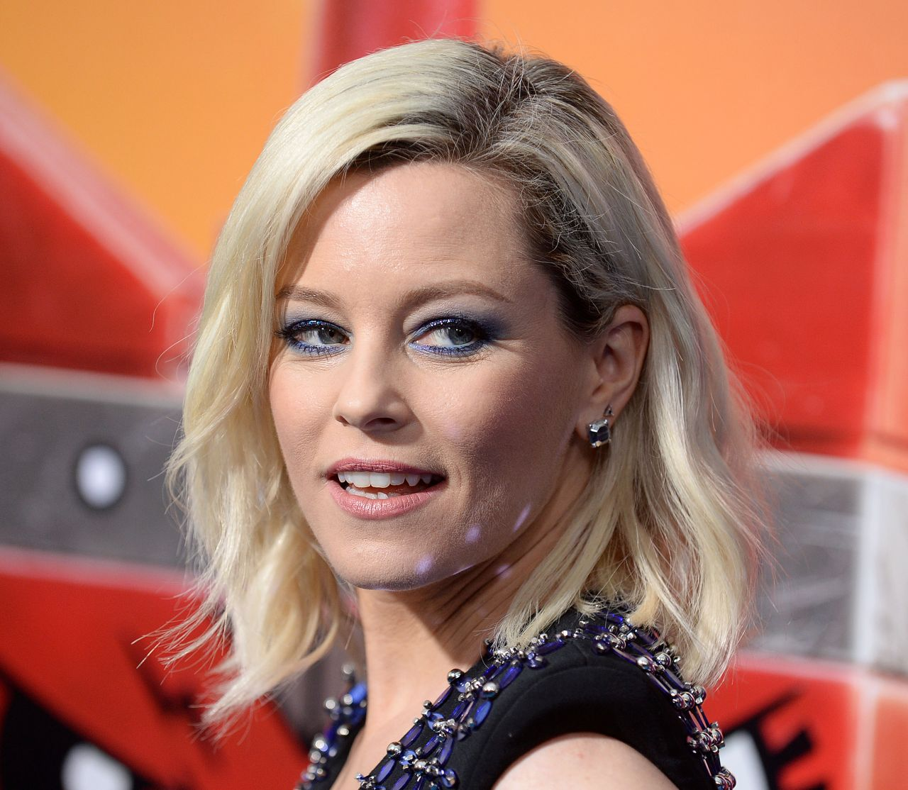 """Elizabeth Banks – """"The Lego Movie 2: The Second Part"""" Premiere at Cineworld in Leicester Square in London - 02/02/2019"""