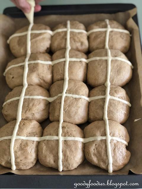 No-knead hot cross buns recipe using all-purpose flour