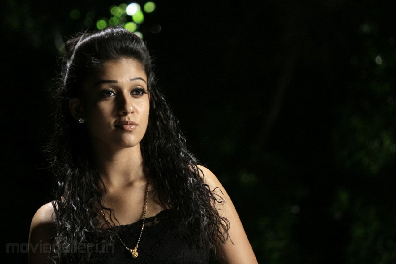 Nayanthara Hd Images 25 Cute Pictures: Nayanthara Cute Photo Shoot Stills Images Gallery