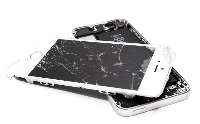 Why You Should Never DIY Repair Your Smartphone Screen