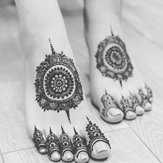 meri saheli indo arabic mehndi designs