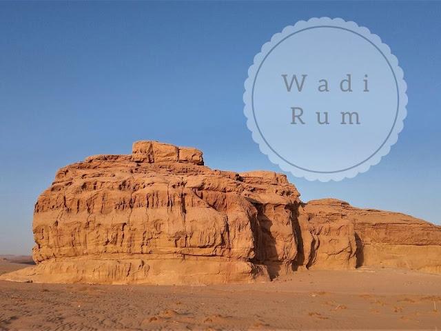 wadi rum: rocce nel deserto