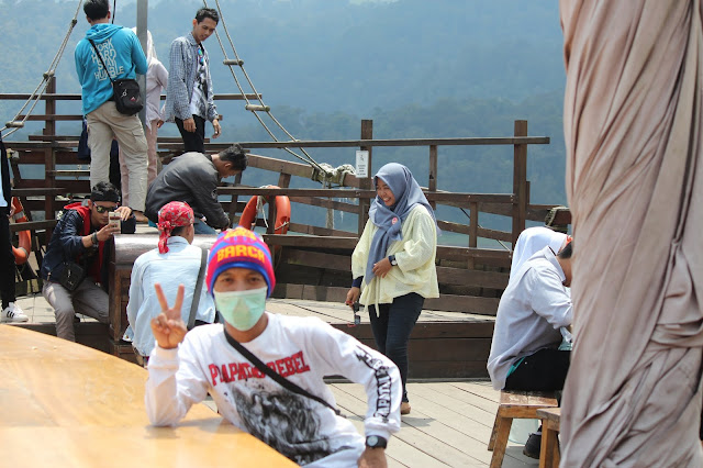 Jadi Baru Kebumen 2018 Tour To Bandung, Best Momen- pinisi resto di situ patenggang bandung 5