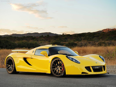 ... Strip In Florida, The Hennessey Team Recorded A Top Speed Of 270.49 Mph  (435.31 Km/h) With Director Of Miller Motorsport Park, Brian Smith, Driving.