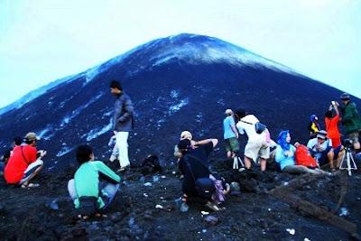 hiking ke anak krakatau