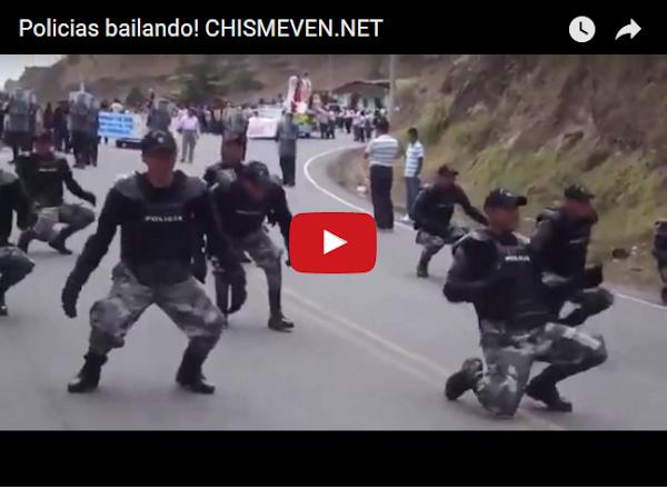 Policia Nacional en un baile muy peculiar