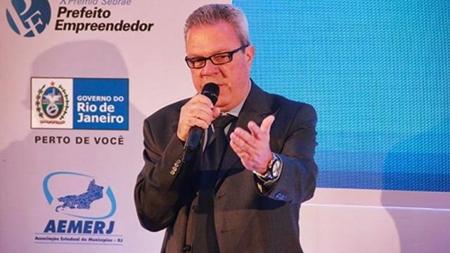 Guga de Paula concorre ao Prêmio Sebrae Prefeito Empreendedor em Brasília