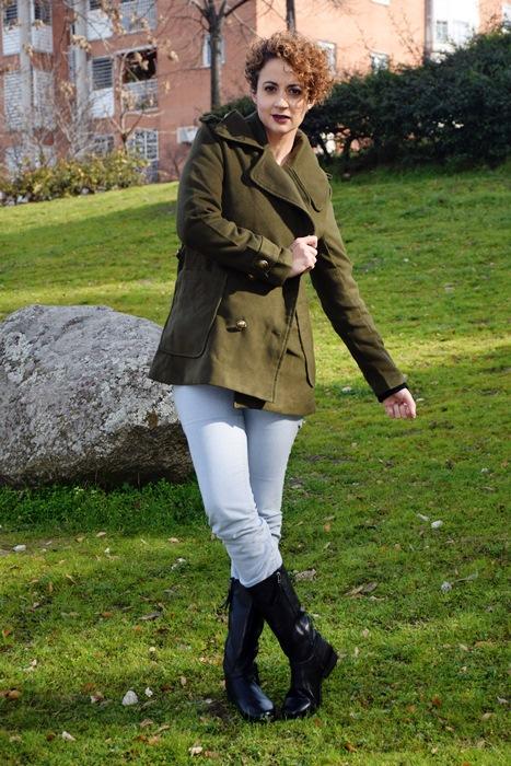 Outfit-abrigo-verde-militar-shein-2