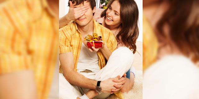 Cum să alegi un cadou inedit pentru iubitul tău
