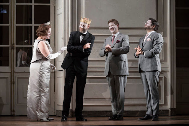 Brett Dean: Hamlet - Louise Winter, William Dazeley, James Hall, Rupert Enticknapp - Glyndebourne on Tour (Photo Richard Hubert Smith)