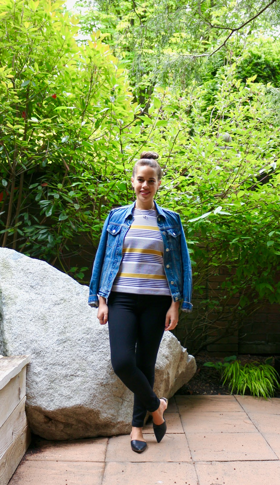 Jules in Flats - Boxy Striped Top & Black Skinny Jeans (Business Casual Spring Workwear on a Budget)